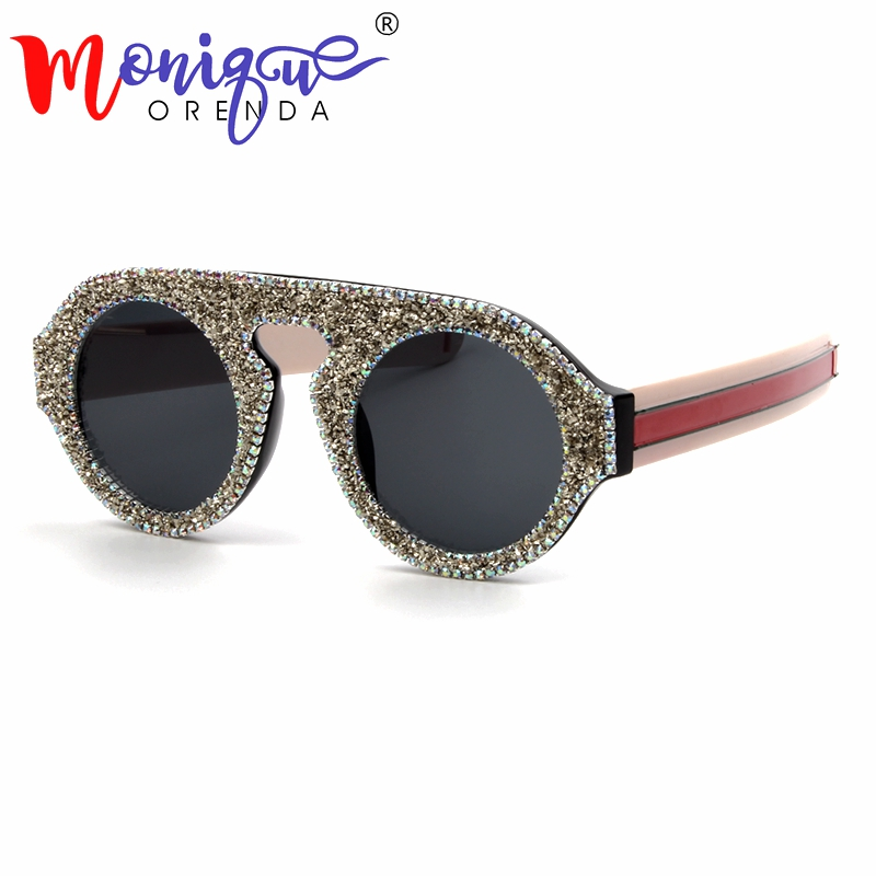 0e92fee22 Comprar 2018 Nova Moda Óculos De Sol Das Mulheres de Luxo de prata diamante  Redondo cor Side Estilo homens Óculos de Sol Marca Designer Óculos Vintage  ...