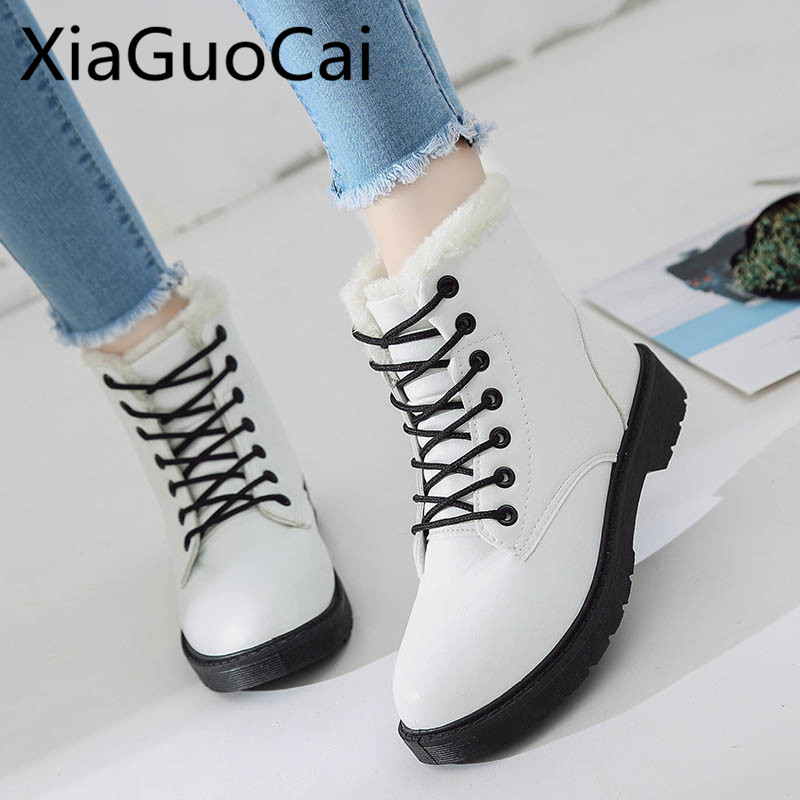 купить 2018 Pu Leather Lace-up Women Ankle Winter Snow Boots Short Plush Fur Warm Winter Snow Boots Flat Ankle Boots онлайн