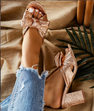 Liren 2019 Summer Sweet Gold Bow Decoration Bling Style Slippers High Square Heels Open Toe Fashion Comfortable Lady