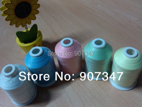Free Shipping Popular Glow In The Dark Embroidery Thread 1000m