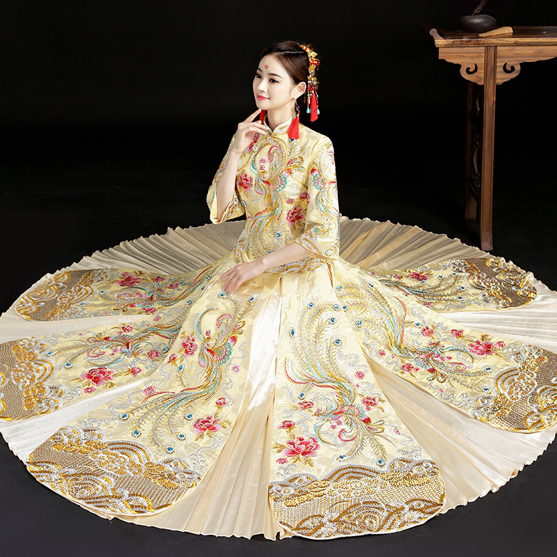 Champagne Chinese Bride Wedding Dress Vintage Royal Female Phoenix Qipao Marriage Suit Traditional Embroidery Cheongsam S