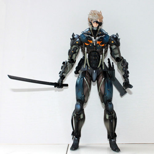 Free Shipping 6 Square Enix Metal Gear Rising Revengeance Play Arts Kai Raiden Boxed 16cm PVC Action Figure Collection Model