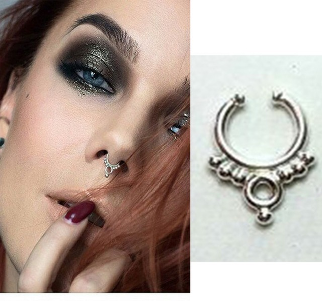 From alternative ear to nose, to tapers and plugs our faux body jewelry will have you looking really hot. Mixed and dark metals, beads and etching all create a trendy and authentic look to show off your rocker style without the commitment of a piercing.