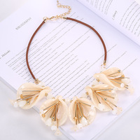 Hot Sale Women Jewelry Big Flower Acrylic Necklace Resin Beads Retro Ornament National Style Necklace Pendant