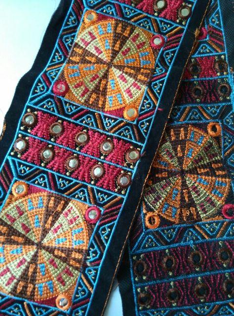 1 Yd Off White Base Pink Orange Floral Design Fabric Trim -Golden Thread Embroidered  Fabric Trim -Sari Fabric Border Silk Ribbon Trim-NFT391