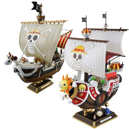 Anime One Piece 28CM Thousand Sunny Pirate ship Going Merry Model PVC Action Figure Collectible Brinquedos Model Toy 12 style one piece diamond building blocks going merry thousand sunny nine snakes submarine model toys diy mini bricks gifts