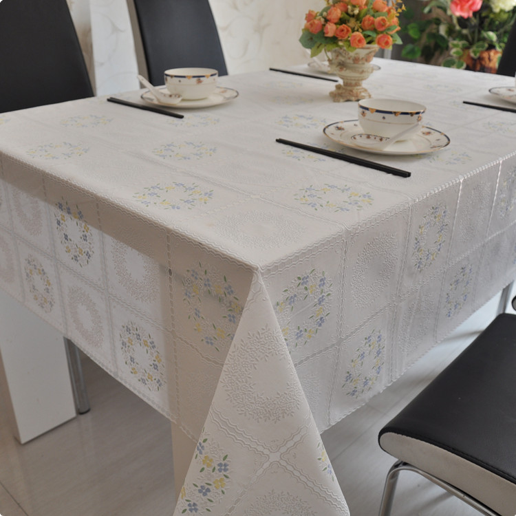 Quality Table Cloth Waterproof Oil Disposable Dining Lace Tablecloth Pvc