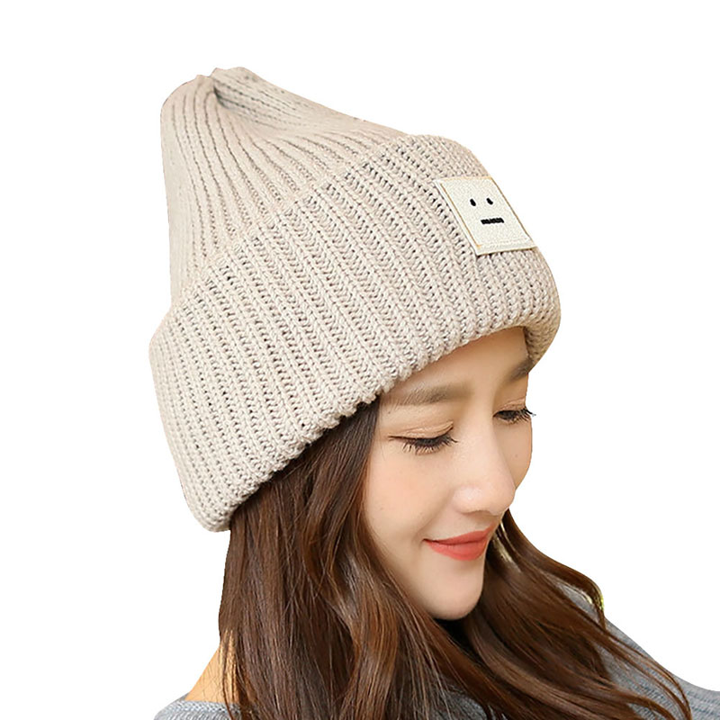 2018 New 4 Colors Winter Smile Crochet Braided Knit Women Ski Wool Cap Hat in Cotton and Polyester For Outdoor Climbing Hiking