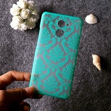 Case For Huawei Y9 Y6 Pro Y5 II Y7 Prime 2018 Y3 2017 Cases Retro Hollow Flower Cover for Y635 Y625 Y560 Y550 Y541 Y360