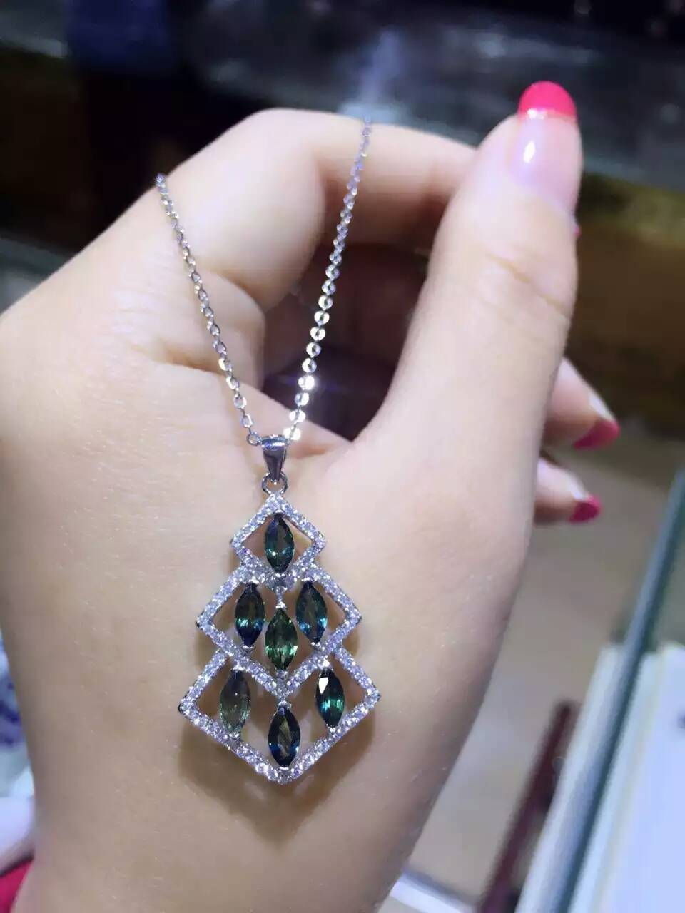 все цены на natural blue sapphire stone pendant S925 silver Natural gemstone Pendant Necklace trendy Luxury tree women girl party jewelry онлайн