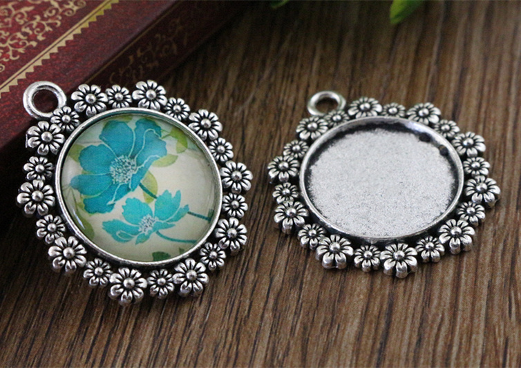 4pcs 20mm Inner Size Antique Silver Flower Style Cabochon Base Setting Charms Pendant (D1-32)
