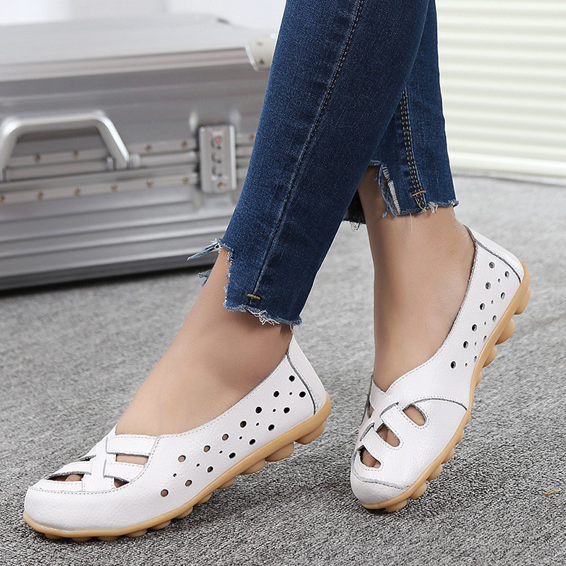 Fashion Moccasins Women Flats Loafers New Genuine   Leather   Shoes Mother Women Shoes 2018 Woman Casual Shoes Solid Soft Footwear
