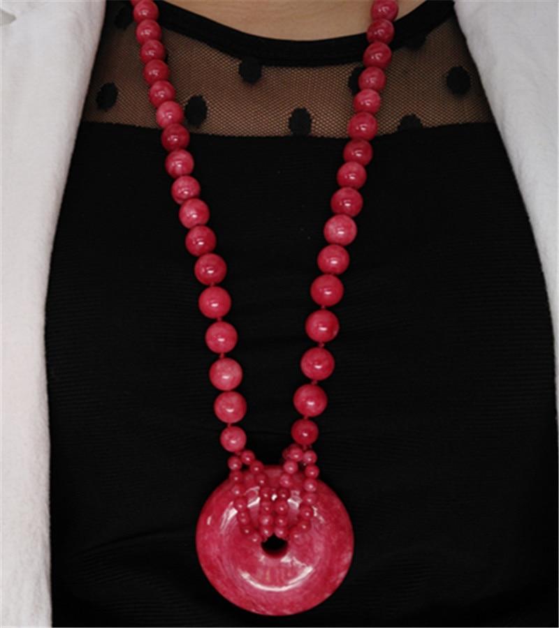 Belle couleur pêche rose pêche jade boucle pull chaîne collier