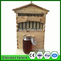 New design honey self flowing wood bee hive with automatic 7 frames beekeeping tool and a top quality queen excluder