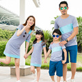 Familia de la manera de Hombro Especial Vestidos de Madre E Hija Familia Ropa Camiseta Ropa para Padre E Hijo (Rosa/Gris) CP56a