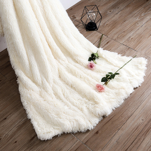 Image 3 - Супер мягкое ворсовое меховое одеяло, плюшевое декоративное одеяло 130*160 см/160*200 см, зимнее одеяло для кровати, дивана, одеяло