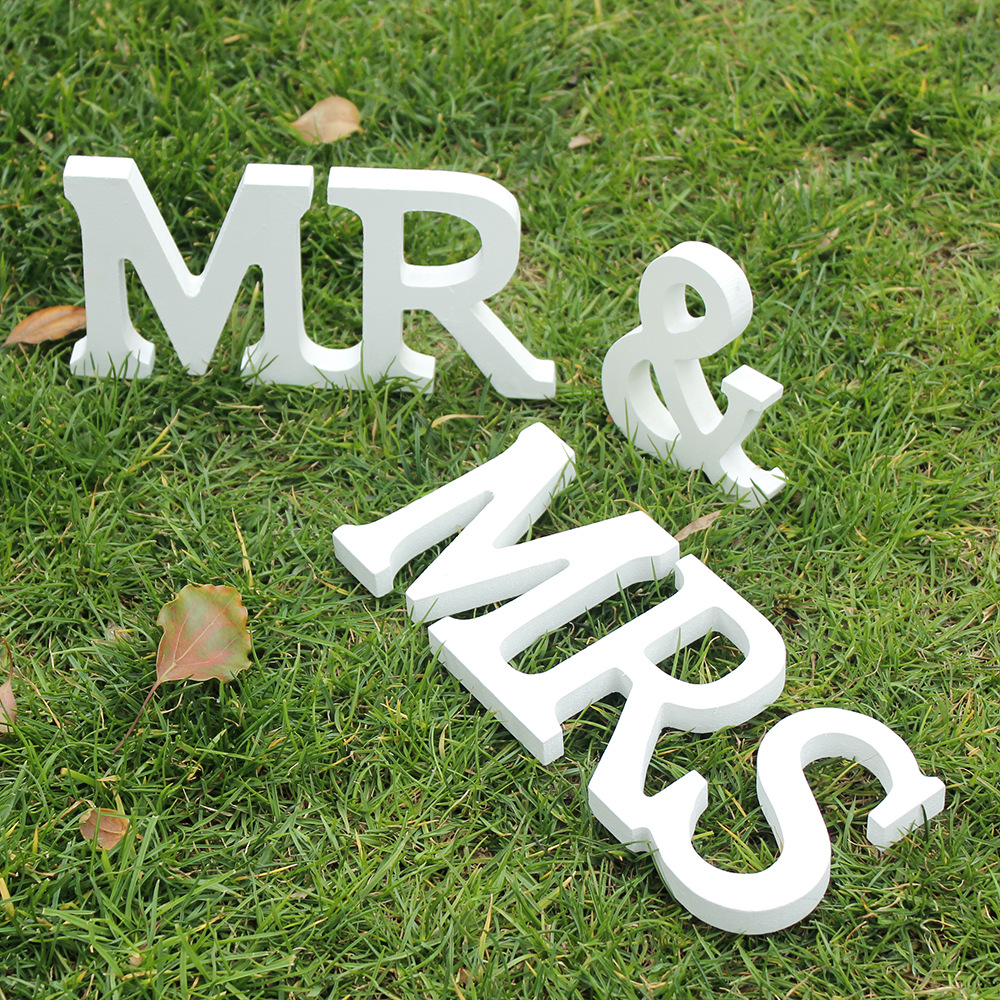 Свадебные Приём знак одноцветное деревянные буквы Mr & Mrs Таблица Centrepiece Декор vbt52 p0.1