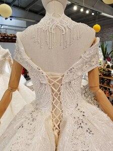 Image 5 - LS335100 kragen kette schmücken wie weiß hochzeit kleider mit hoher halskette kappe hülse braut hochzeit kleider 2020 beste verkäufer