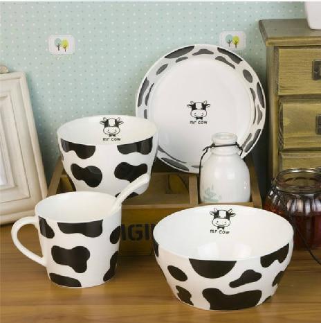 Wedding supplies gift fashion bone china milk cow dishes tableware set cartoon lovers & Wedding supplies gift fashion bone china milk cow dishes tableware ...