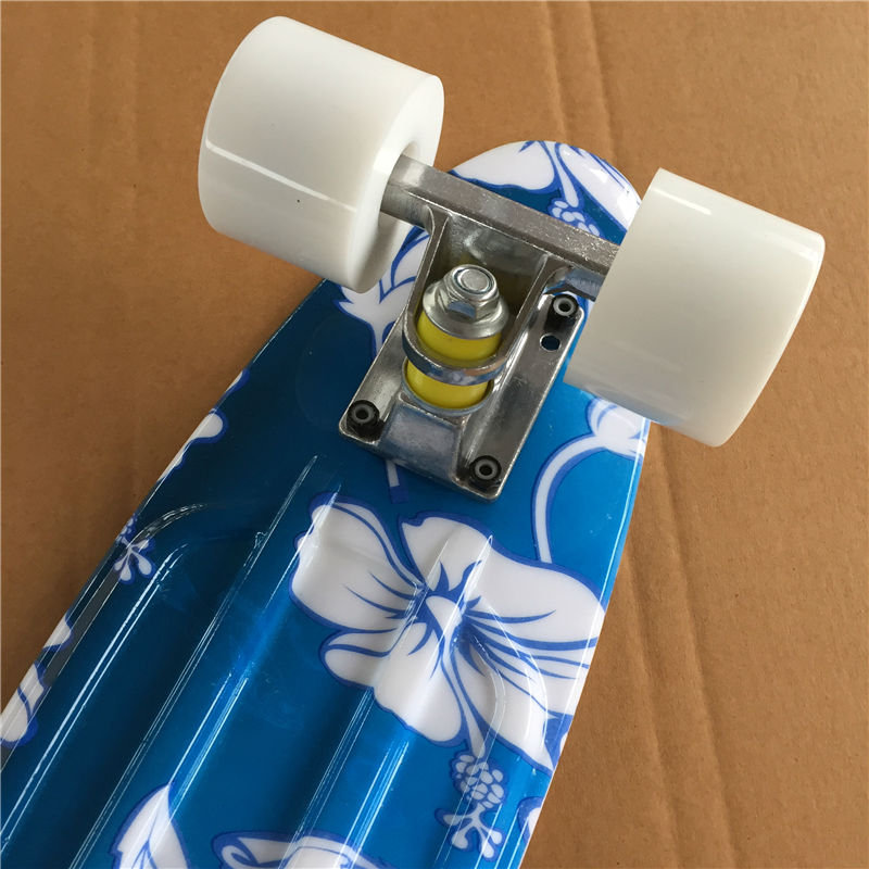 Image 3 - 22 Inch complete Mini Skate board With White flowers pattern for Girl and boy to Enjoy the skateboarding Mini rocket board-in Skate Board from Sports & Entertainment