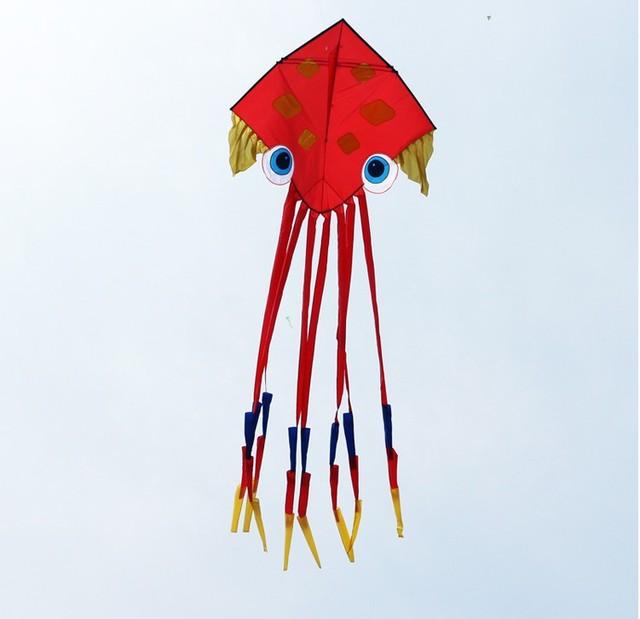 O envio gratuito de alta qualidade 6.5 m polvo pipa fácil controle brinquedo nylon ripstop com linha de pipa pipa chinesa antiga crianças brinquedos