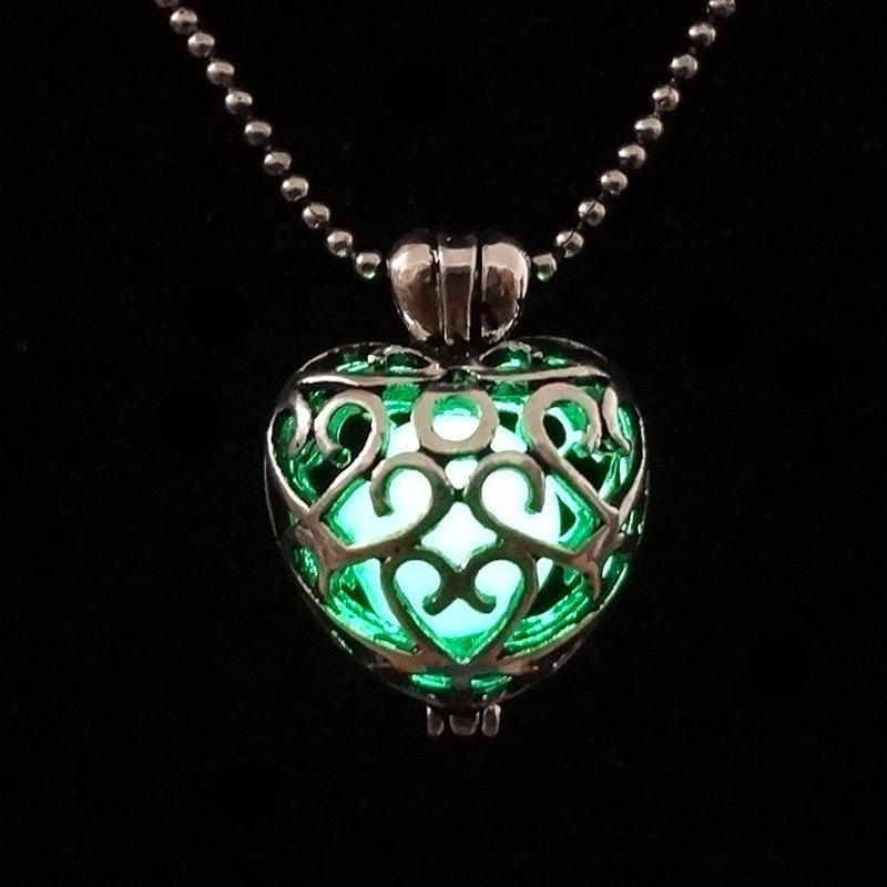 fba7365d271f Nueva cadena collar 2016 retro diseño Multi corazón Locket colgante collar  resplandor en la oscuridad mujeres hombres Collier ethnique