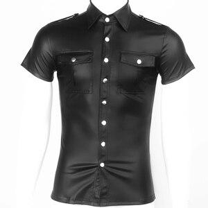 Image 3 - Męski ze sztucznej skóry koszule PU skóra koszulki z krótkim rękawem mężczyźni Sexy topy Fitness gejów lateksowe koszulka Tees mężczyzna etap topy Tee Sexy odzież klubowa