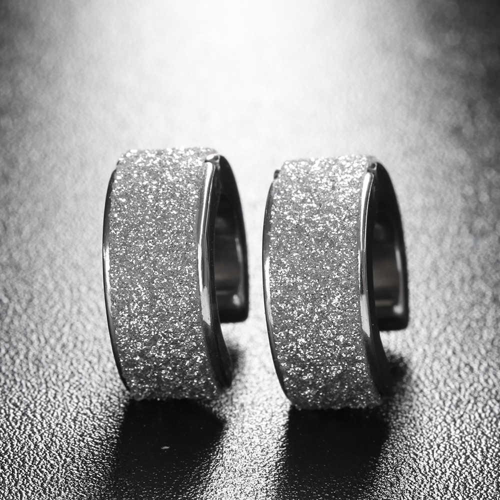 ¡Venta al por mayor! ¡Nuevo! 1 par de pendientes Punk Rock Hoop de titanio y acero, pequeños pendientes circulares de plata y arena, joyería para hombres y mujeres
