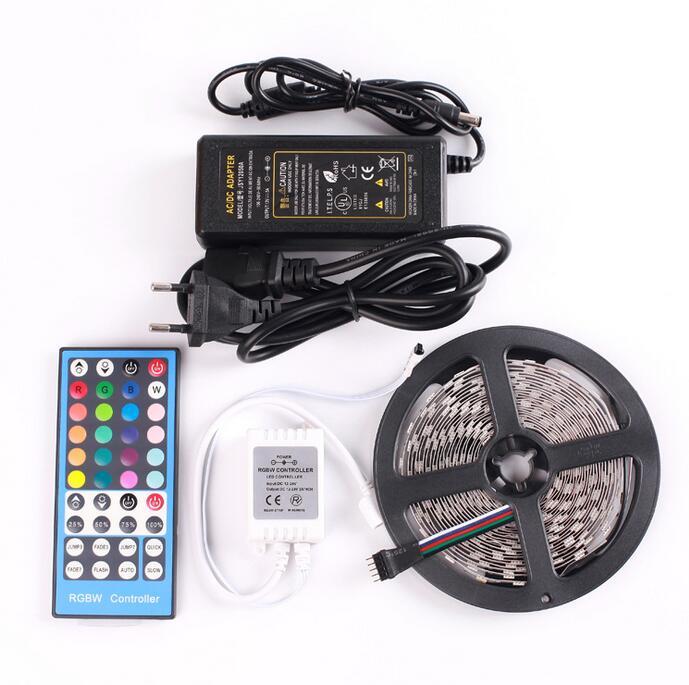 12 volts LED RGBW RGBWW lumière bande lampe 5 mètres SMD5050 60L/M avec 40Key télécommande 5A AC 110 V 220 V à DC 12 V alimentation