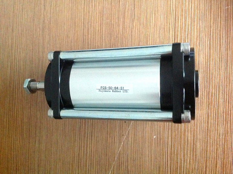 NEW PRODUCTS JAPAN FUJIKURA FCS-50-64-S0-P BF CYLINDER low friction cylinder Bore 50mm and stroke 64mm scs 40 48 s0 b0 japan fujikura bf cylinder low friction cylinder linear ball bearing type model 120