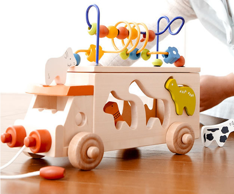 цены  New wooden toy Animal bus shape matching blocks around the bead car baby pull toys car baby toy Free shipping