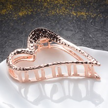 Big Heart Hair Claws Wedding Hair Accessories Vintage Ornaments Geometric Crab Clip Women Girls Flower Hairpin Hair Jewelry Gift цена