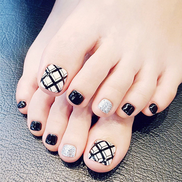 24 Pcs 3d Geometric Design Toe Nail Tips Black White Sliver False