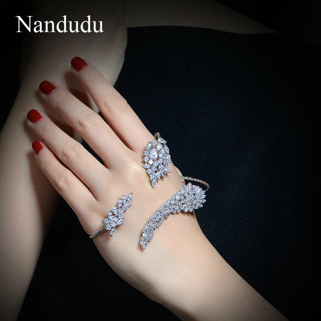 Nandudu manguito mão palm bracelet nova chegada banhado a ouro branco cúbicos de zircônia jóia da forma das mulheres do sexo feminino presente r1096