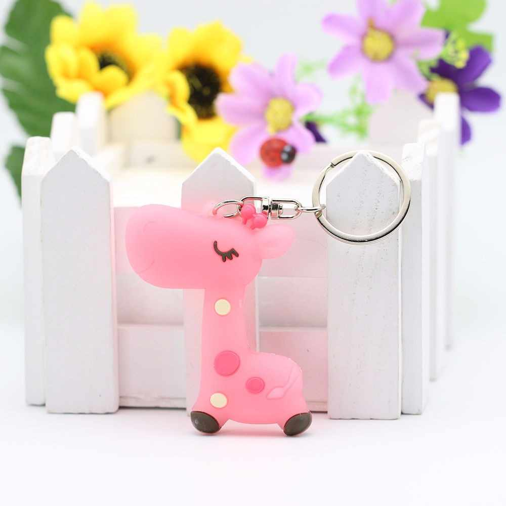 Cute Giraffe Keyring Portable for Student Keyrings Children Favor Key Holder 1Pc