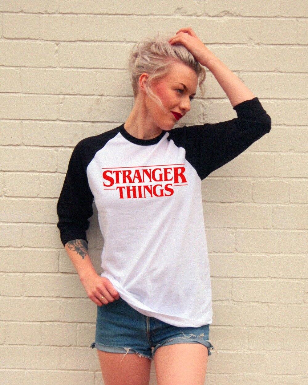 Estilo americano do vintage ringer t camisa de algodão manga longa coisas estranhas carta retalhos camiseta roupas moda feminina