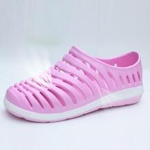 Women Slippers Wholesale Fashion Lovers Hole Shoes Garden / Nest Female Models Sport Sandals Hole Sandals
