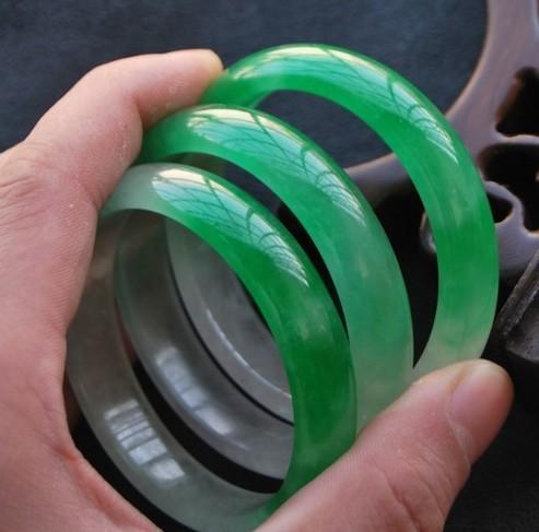 Natural Jade Bracelet With Green Aqua