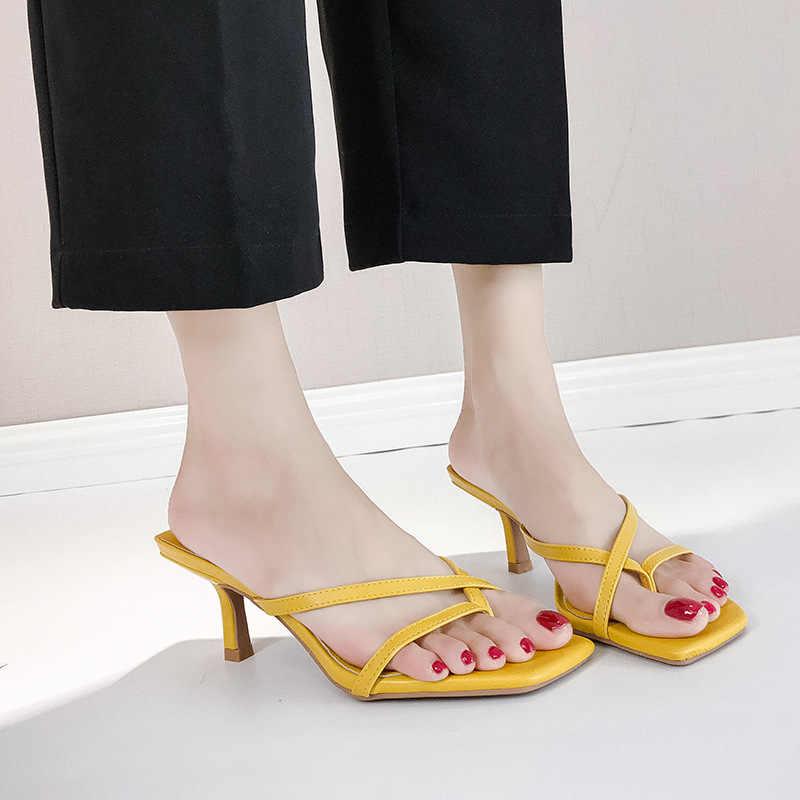 Chaussures femmes 2019 nouvelles chaussures pour femmes d'été à talons hauts sandales à chevrons sandales à bout aiguille noir