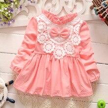 Retail-2016 automne nouveau-né bébé robe/doux et mignon floral dentelle princesse infantile robe bébé filles robe Miel Bébé vêtements rose