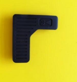 100% new Base Bottom Grip Rubber Unit Replacement For Nikon D300 D300S D700 SLR