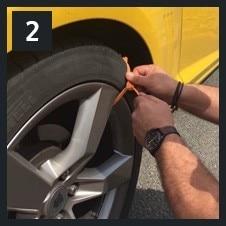 ZipClipGo Life Saver---Emergency Traction Aid Tire Snow Chains---Anti Wheel Slip Chain