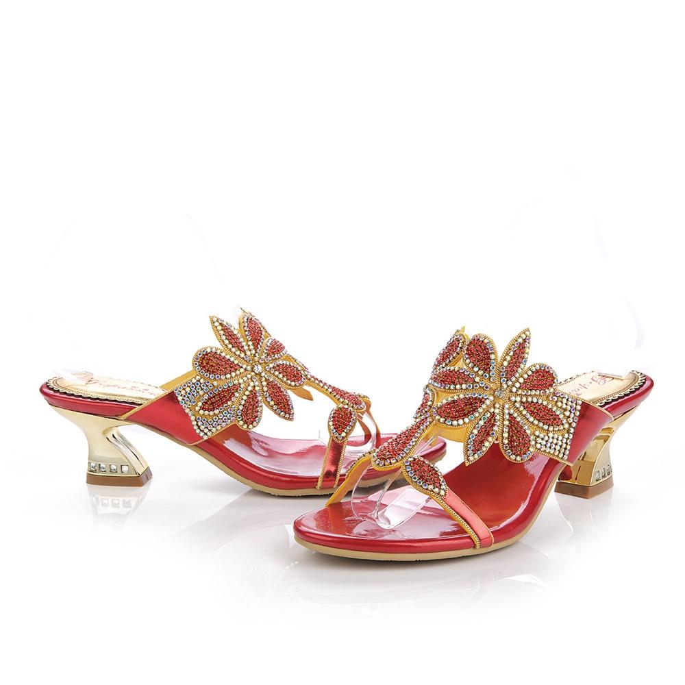 Haute Chaussures Qualité Sapato Femmes Feminino Zapatos Mujer Fleur Femme Talons Strass D'été Superstar Sandales nPw0Ok