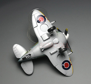 Image 4 - Model Building Kits Montage Vliegtuig Fighter Leuke Vliegtuig Model UK Spitfire Vechter Model DIY 105