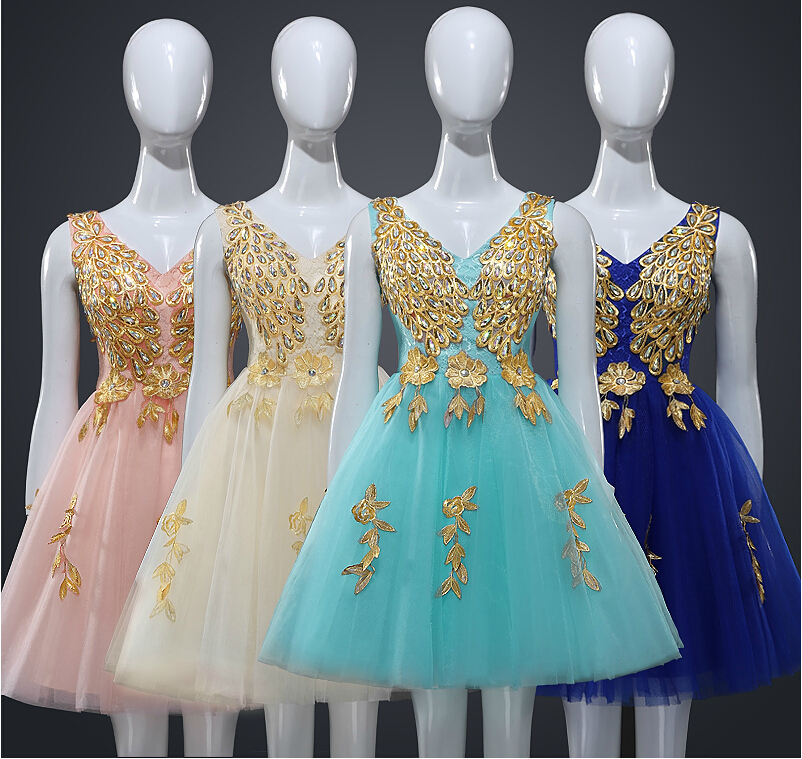 New Designer Tulle Appliques Embroidery Crystal Beaded V Neck A Line ...