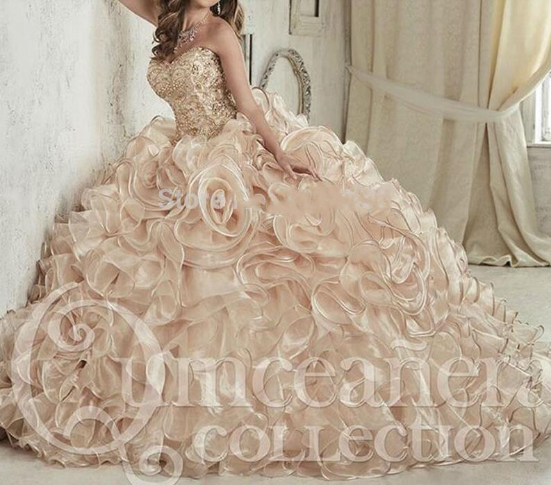 2019 Luxurious Champagne Embroidery Crystals Ball Gown Quinceanera Dresses Floor-Length Vestidos De 15 Anos Sweet 16 Dresses