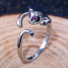 Huitan Animal Shaped Ring Fashion Cute Jumping Kitty Design With Tiny Cubic Zircon Setting Cat Eye Dropshiping Gift For Girl