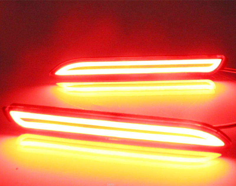 2PCS For Toyota Matrix 2009 2010 SNCN Multi-functions Car Tail Light LED Rear Fog Lamp Bumper Light Auto Brake Light Reflector