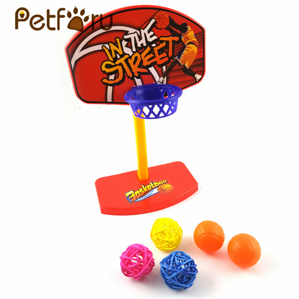 Petforu Parrot Bird Toy Plastic Basketball Hoop Set Chewing Basketball Trick Prop with 5 Balls - Color Random