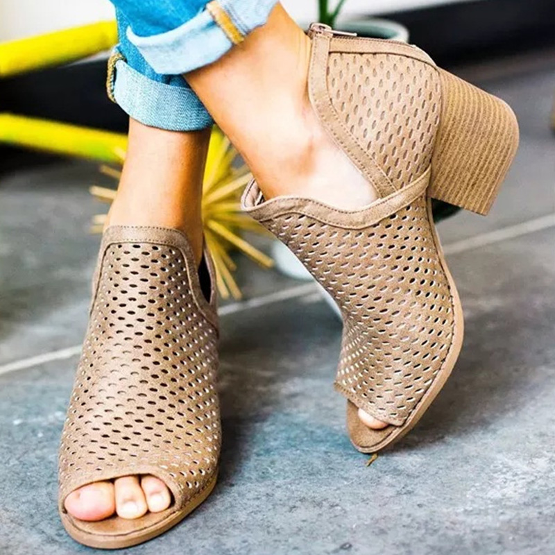 2019 New Fashion Summer Sandals Hollow Pu Leather Med Thick Heels Peep Toe Shoes Woman Casual Elegant Lady Pumps Plus XWZ5735